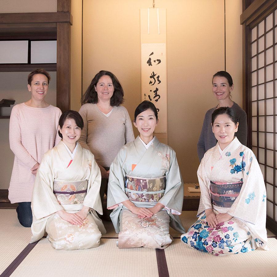 東京で開催された外国人向け茶道体験の様子