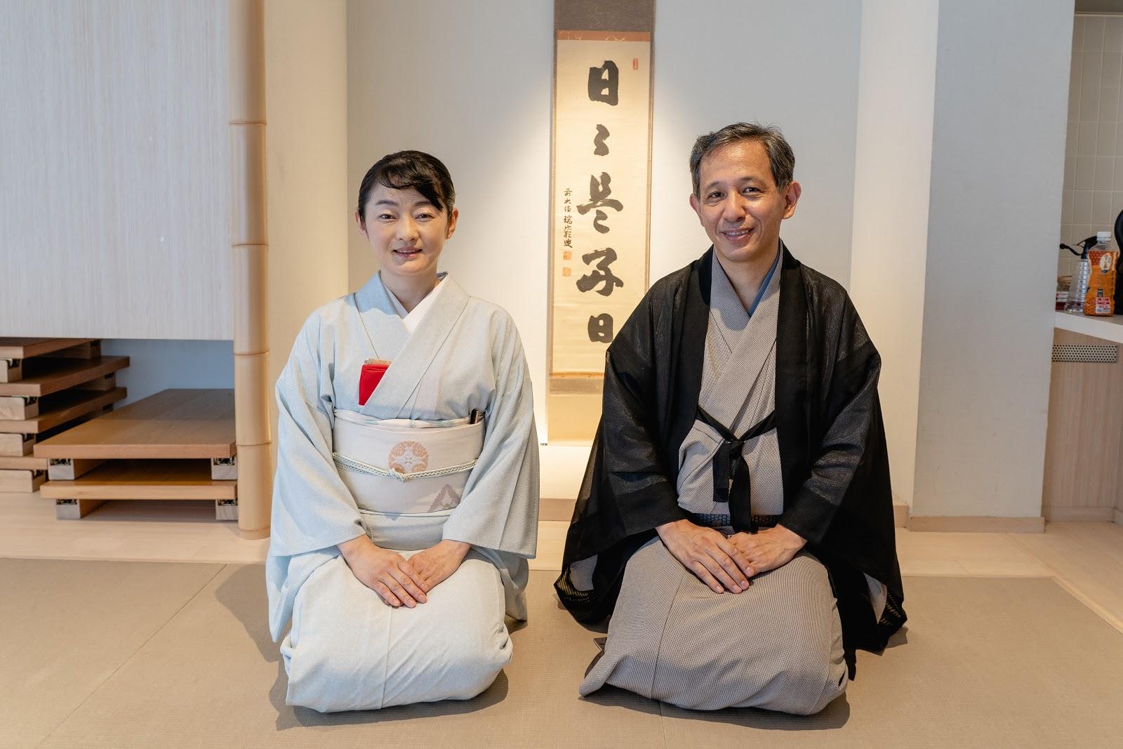 茶道体験の講師の写真